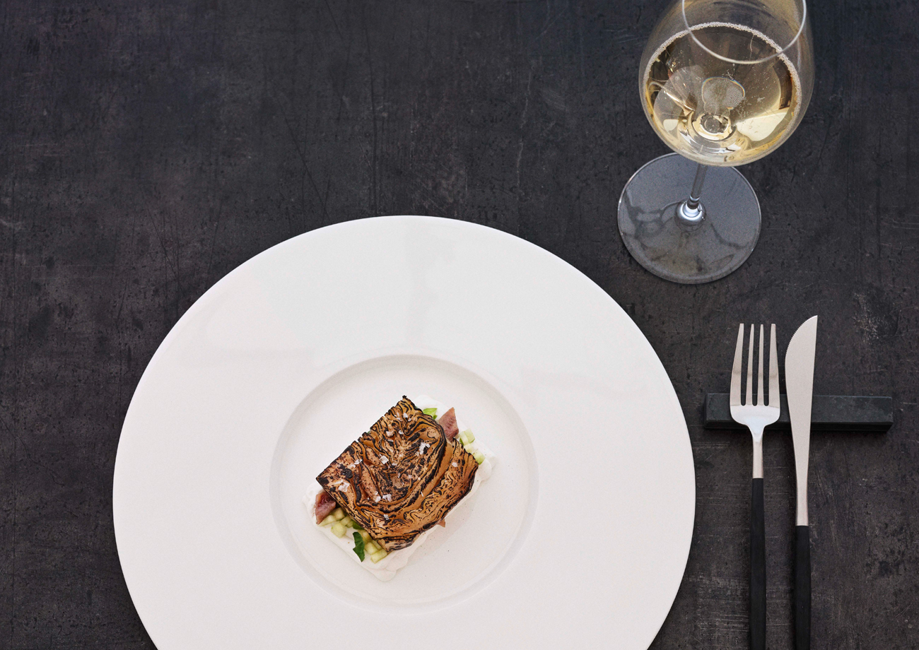 Weißkohl, Büffel-Ricotta und Sardellen